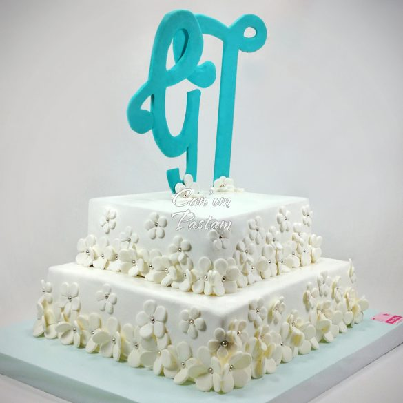 White Flowers Engagement Cake